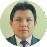 Dr. Efrain Mayhua López