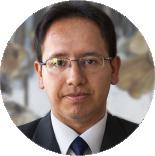 Dr. Efrain Zenteno Bolaños