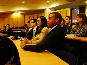 Sesión preliminar con autoridades MOEA