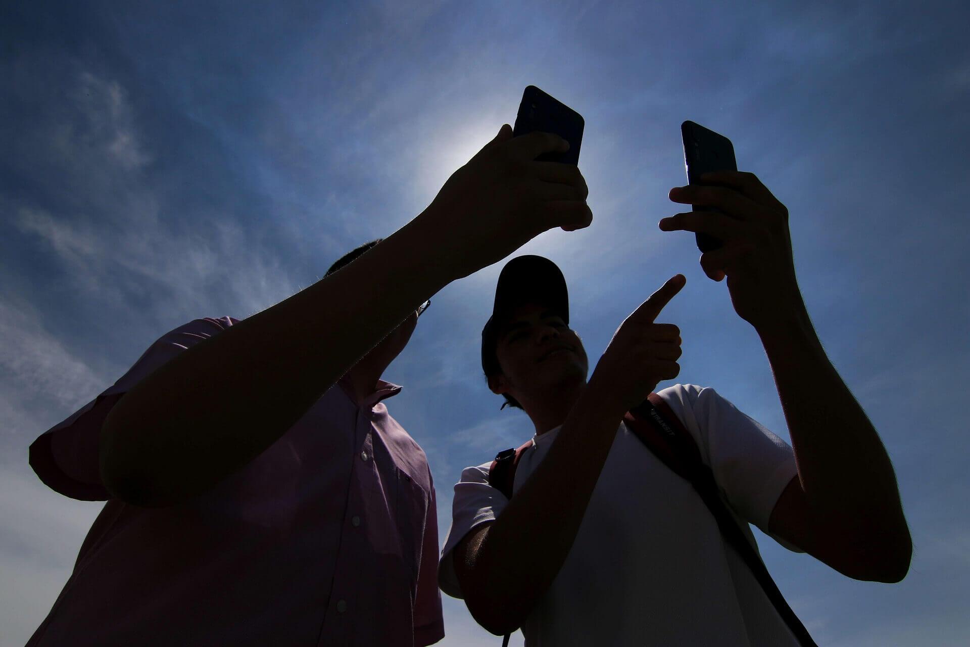 Uso de celulares adolescentes
