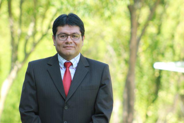 Dr. Marcio Soto, directorde Investigación en el Departamento de Psicología de la UCSP.