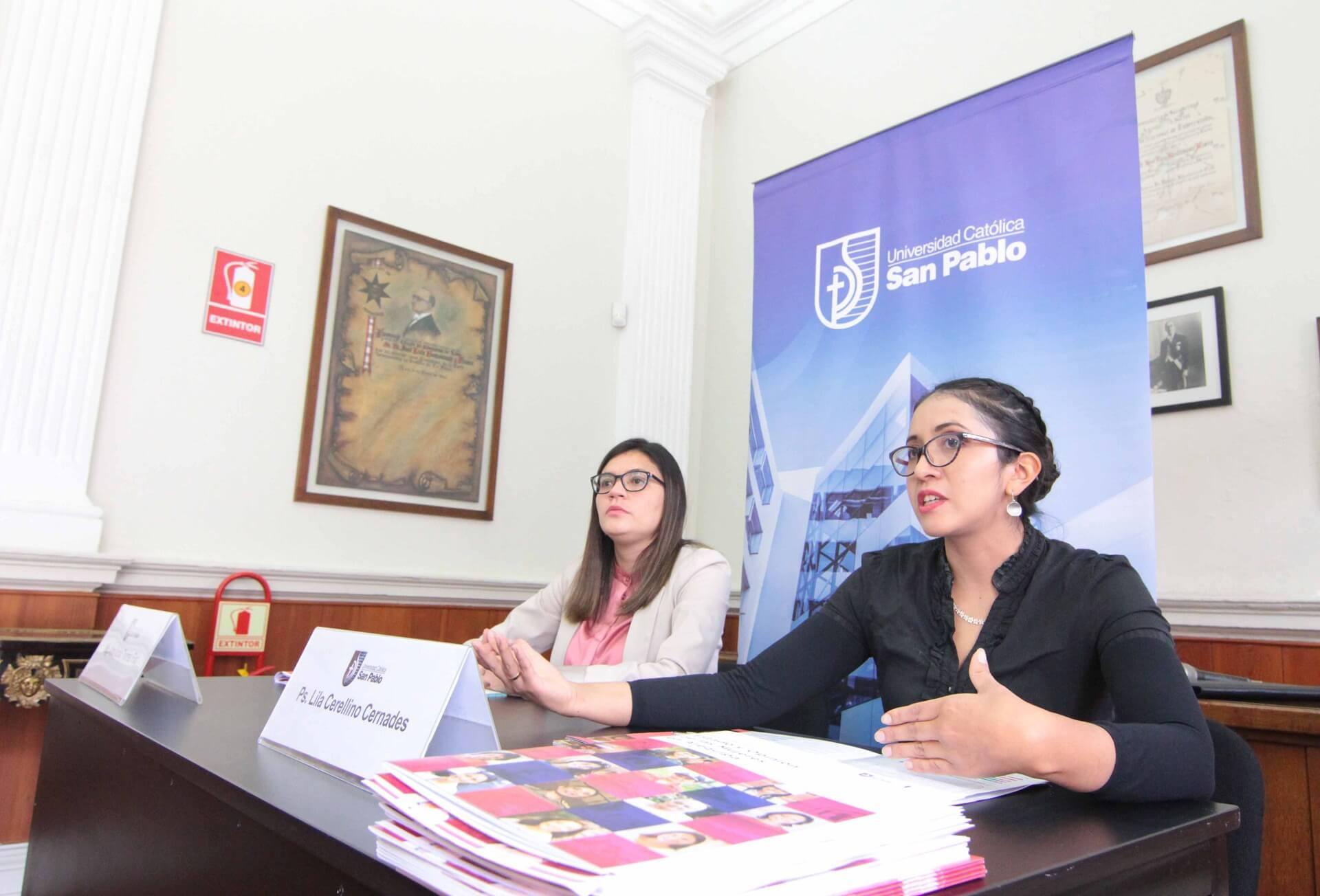 Profesoras investigadores Lila Cerellino y Ana Lucía Torres presentaron los resultados.