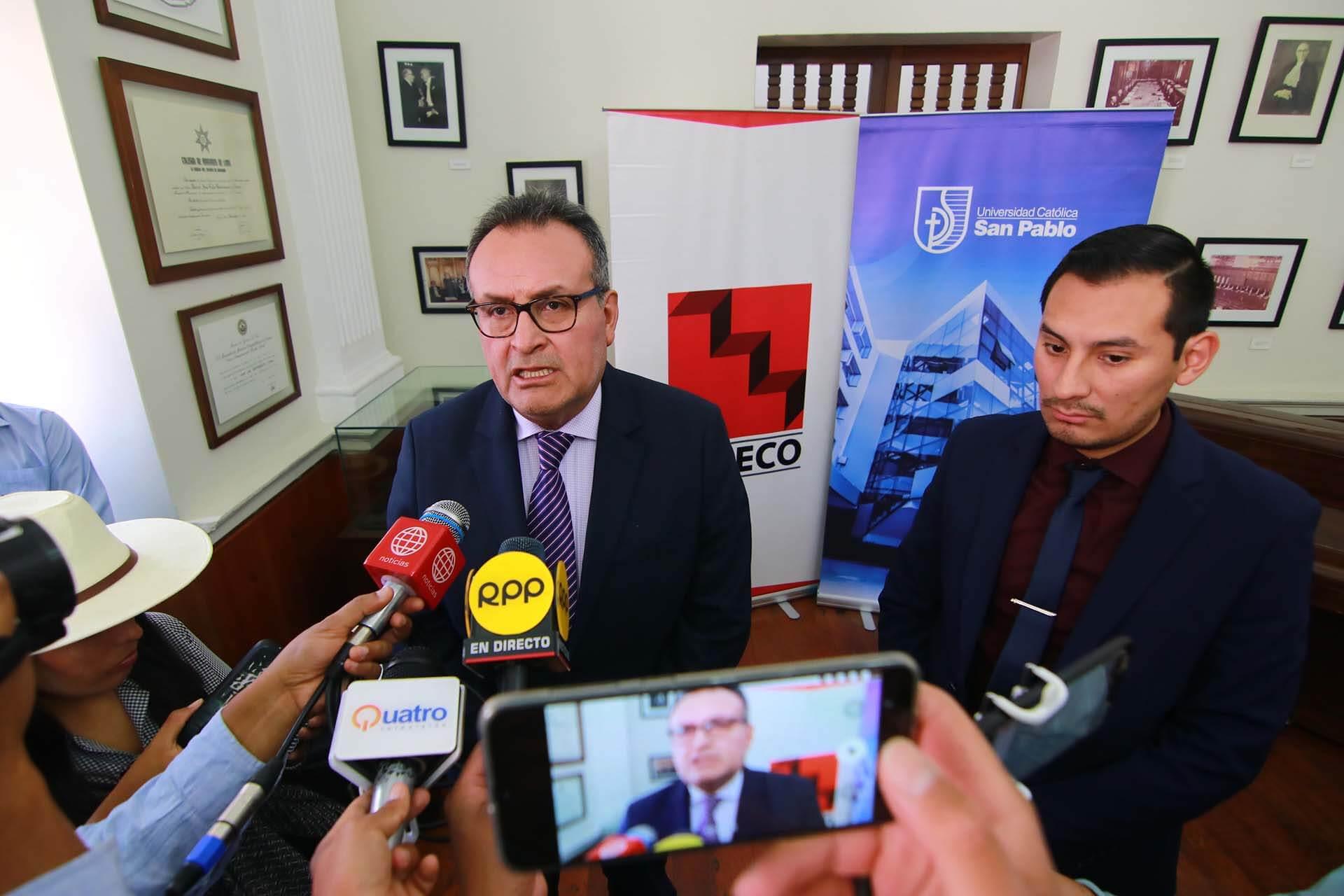 Julio Cáceres CAPECO UCSP