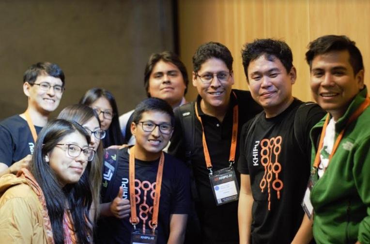 Alumnos de CS en evento Khipu