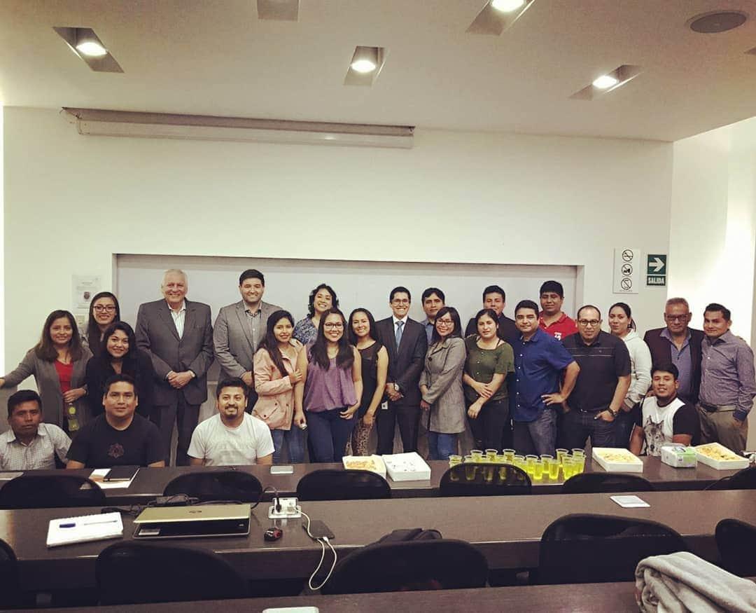 Copy of Mi clase del curso de Gerencia de Talento Humano del MBA yo como docente
